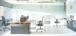 bejot-string-w-biurze