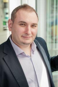 1 Andrzej Skibniewski, MediaCom